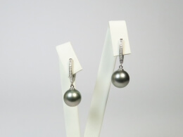 Tahitiperlen höchster Qualität an exklusiven Diamant Ohrhängern