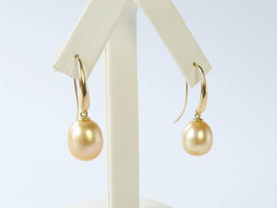 goldene Perlen