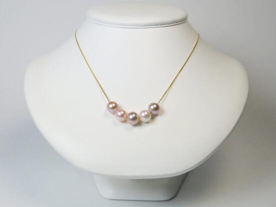 farbige Perlen