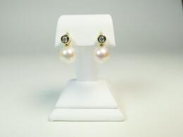 Hängende Akoyaperlen an schönen Diamantohrsteckern,  AAA
