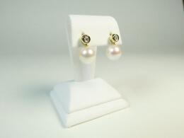 Diamantohrsteckern mit hängenden Akoyaperlen,  AAA