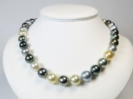 Kette aus Südsee und Tahiti Perlen, 11-12,6 mm, AA+
