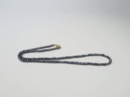 kleine Perlenkette