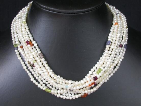 Perlenstrangkette