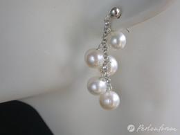 Schöne Ohrstecker mit 5 weißen Perlanhängern