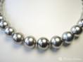silbergraü Perlen