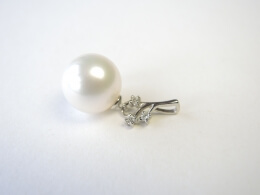 Südseeperlen Anhänger mit Diamanten, 12,4mm, AAA